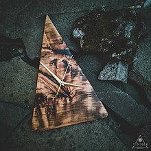Hodiny - RAW Resin - Topoľové drevené hodiny - 10803055_