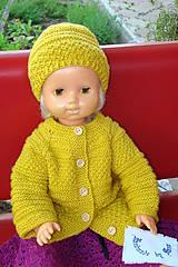 Ručne pletená detská súprava horčicovej farby