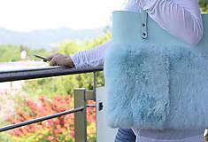 Veľké tašky - Koženo-kožušinová SHOPPER kabelka- MENTOLOVÁ - 10805722_