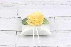 Vankúšik na obrúčky krémová ruža