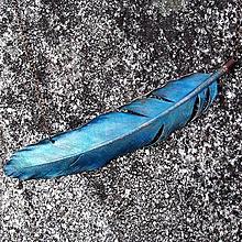 Náhrdelníky - Peří v modré*na krk - 10805967_