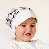 Detské čiapky - Letná pružná šatka so šiltom TRIANGLE PINK - 10803960_