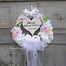 Dekorácie - svadobný veniec so srdiečkom - 10803604_