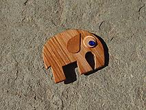 Odznaky/Brošne - Drevená brošňa - 10806709_