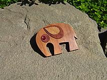 Odznaky/Brošne - Drevená brošňa - 10806767_