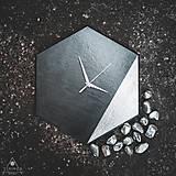 Hodiny - Hexagon Silver - Dekoračné hodiny - 10808458_