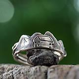 Prstene - Pre devu spod lesa - 10810659_