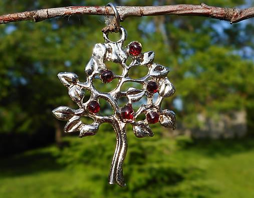 tree of life-garnet red-granát II