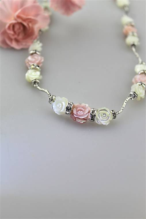 perleť kvietky náhrdelník luxusný - svadobný