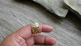 Prstene - Filigránový prsteň (biely č. 2714) - 10809781_