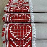 Úžitkový textil - ZUZANA-krása tradície červená (1)-stredový obrus - 10808577_
