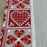 Úžitkový textil - ZUZANA-krása tradície červená (1)-stredový obrus - 10808578_
