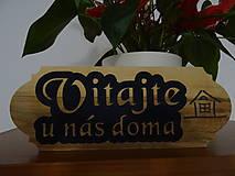 Dekorácie - Dreveny napis na dvere Vitajte - 10809795_