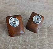 Náušnice - drevené slimáčikové napichovačky - 10811544_