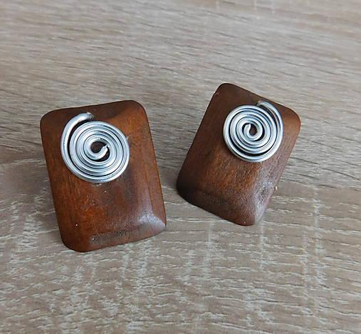 drevené slimáčikové napichovačky