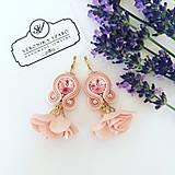 Ručne šité šujtášové náušnice / Soutache earrings with flower tassels & Swarovski®️crystals (Tina - ružová)
