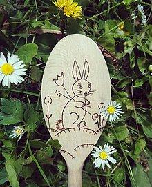 Pomôcky - Vareška zajko na lúke - 10811804_