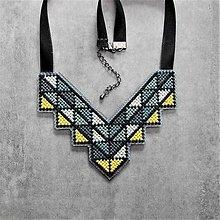 Náhrdelníky - geometry - 10815136_