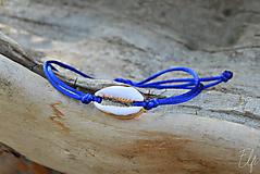 • Náramky z mušlí cowrie • (Modrá)