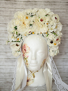 Ozdoby do vlasov - Svadobná bielo-krémová kvetinová bohato zdobená parta - 10816036_