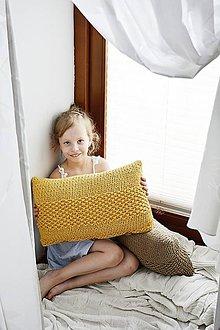 Úžitkový textil - Pletený vankúš - horčicový - 10816547_