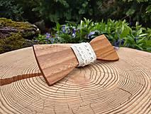 Doplnky - Pánsky drevený motýlik - 10816121_
