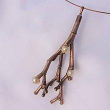 Náhrdelníky - Větvička s perlami - 10817102_