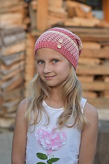 Detské čiapky - Pasikovaná staroružová čiapka - 10818197_