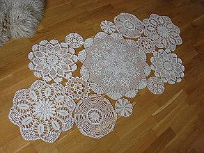 Úžitkový textil - háčkovaný obrus skladaný **1** - 10818507_