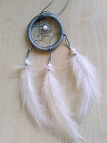 Dekorácie - Sedo-biely maly lapac snov - 10818172_