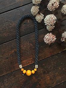 Náhrdelníky - Žluté korále na šedém laně - 10818010_