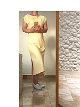 HAPPY šaty marhuľové