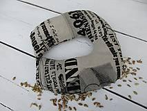 Úžitkový textil - cestovný špaldový vankúš-noviny - 10817361_