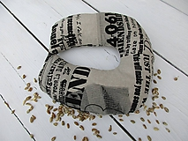 Úžitkový textil - cestovný špaldový vankúš-noviny - 10817367_