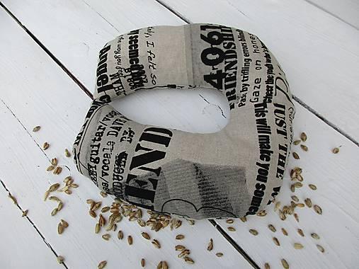 cestovný špaldový vankúš-noviny