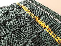 Úžitkový textil - Unikátny koberček - Forest - 10818329_