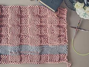 Úžitkový textil - Unikátny koberček - Rose - 10818083_