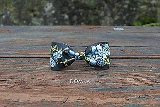 Doplnky - Pánsky kvetovaný motýlik (Modrá- nebeská) - 10821888_