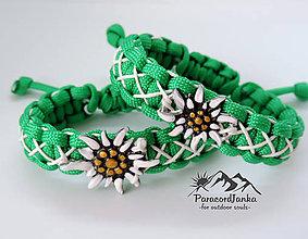 Náramky - Paracord náramok - Plesnivec zeleno-biely - 10821608_