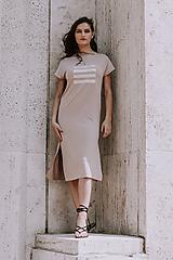 Šaty - FNDLK úpletové šaty 395 RKkL nude midi a rozparky - 10820061_