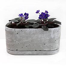Nádoby - Ovalny betonovy kvetinac - 10821793_