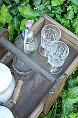 Nábytok - Prenosná drevená debnička - 10819945_