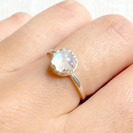 ef67567f2 Silver Moonstone AG925 Ring / Jemný strieborný prsteň s mesačným kameňom