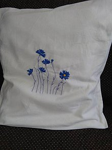 Úžitkový textil - Nevädzová (vyšívaná obliečka) - 10822646_