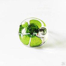 Prstene - Handmade živicový kruhový prsteň so štvorlístkom - 10824760_