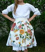 Detské oblečenie - Zásterka Plná výšivka - 10823381_