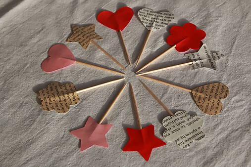Zapichovačky z papiera (rôzne tvary a farby)