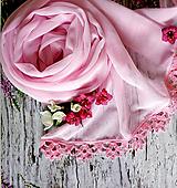 Šály - Čas růžových dnů   šifónový šál s čipkou - 10826029_