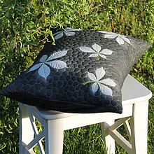 Úžitkový textil - Polštář s listím z kaštanu - 10826789_