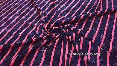 Textil - Úplet Pásik - na tmavomodrom batikovanom podklade - cena za 10 centimetrov - 10825211_